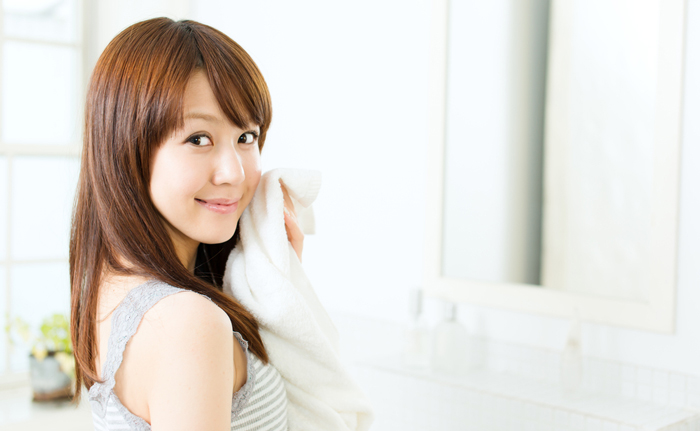 素肌を保護する「ピーリング後」の【徹底保湿ケアテクニック】