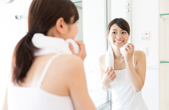 汗が止まらないときはどうする? 夏のお風呂上がりの保湿ケア方法