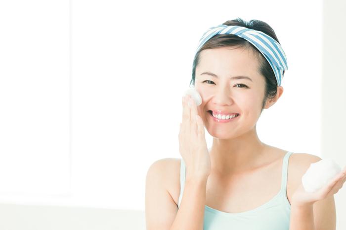 乾燥肌をいたわる洗顔料の選び方