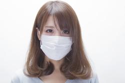 注意! マスクが敏感肌の原因になっている?