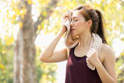 敏感肌にとって汗は大敵? トラブルを起こさないための対策方法は