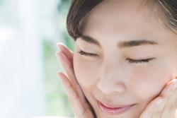 空気の乾燥が乾燥? 冬の赤み肌が起きる原因と改善対策